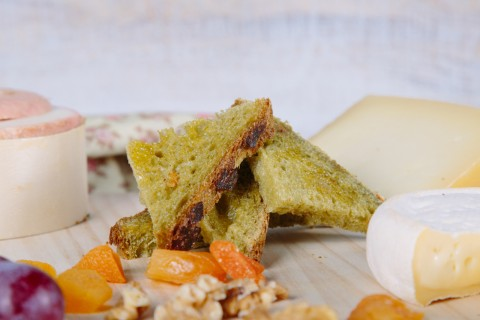 Green tea and orange soft crust bread - Application
