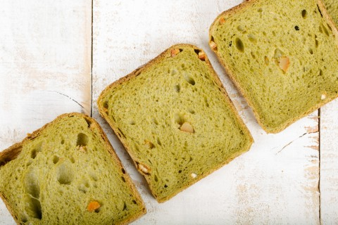 Green tea and orange soft crust bread - Slices